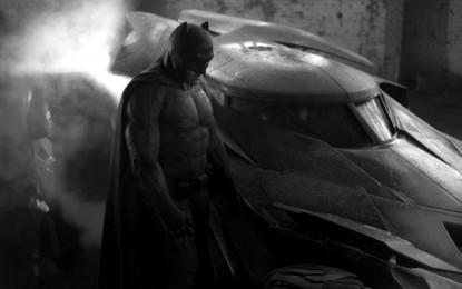 Zack Snyder muestra la primera foto del nuevo Batman y Batmobile