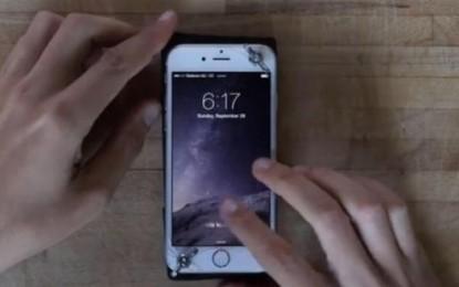La forma más bestia de ´arreglar´ un iPhone doblado